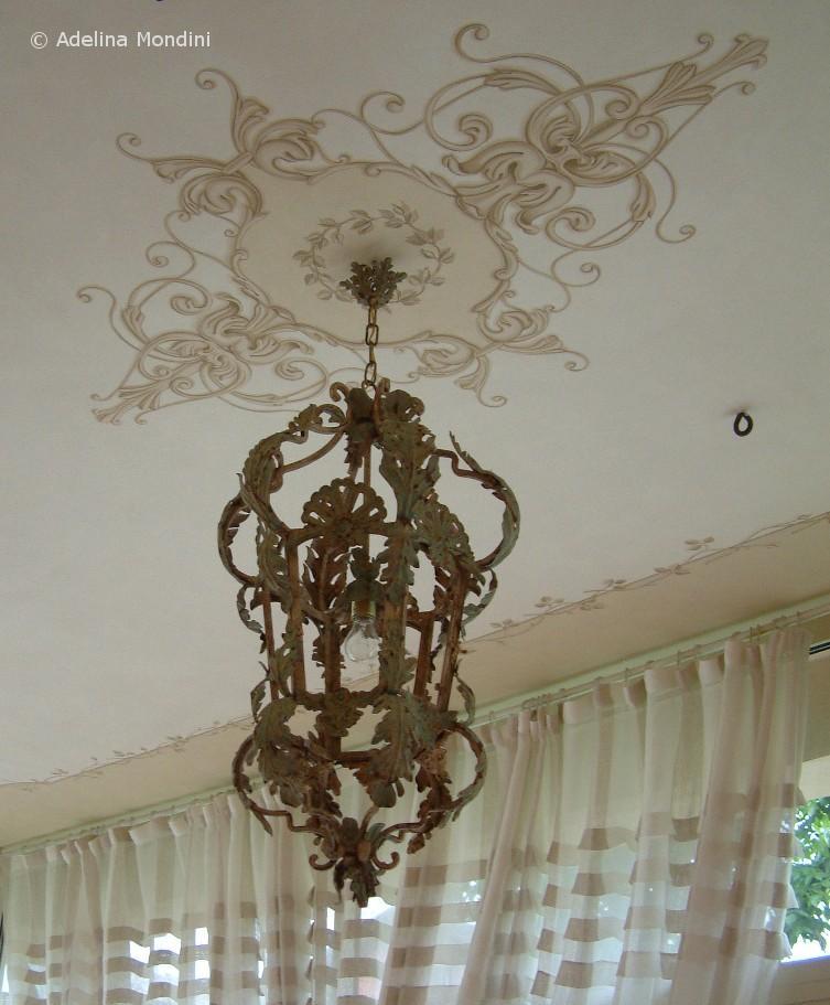 Decorazione dipinta su soffitto